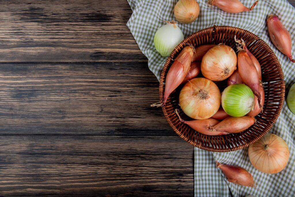 Soğan Keserken Gözlerinizin Yaşarmaması İçin Öneriler