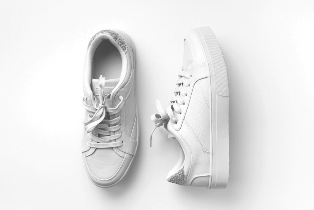 Beyaz Ayakkabı Evde Nasıl Temizlenir?