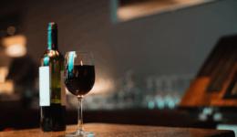 Şarap Her Gün Bir Kadeh İçilirse Vücudunuzda Neler Değişir?