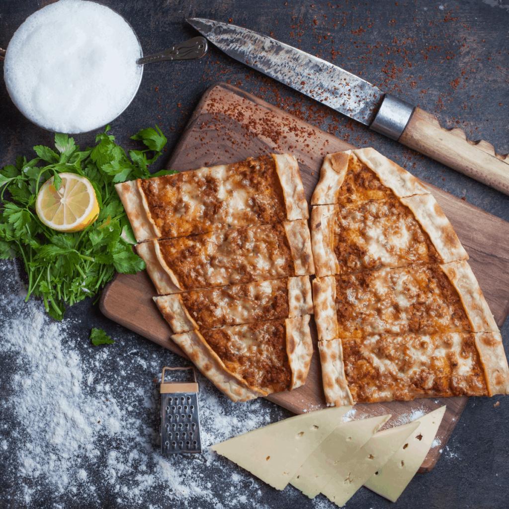 Peynirli Pide İçi Nasıl Hazırlanır?
