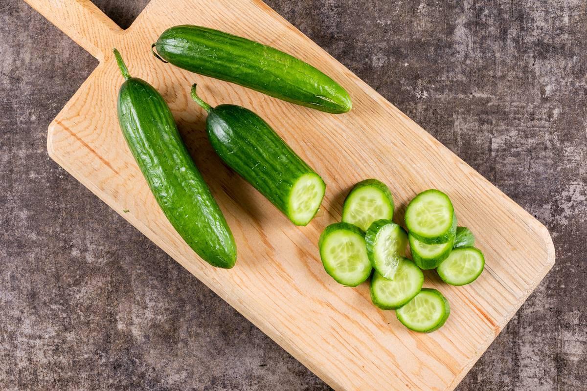 Artan Salatalıkları Atmak Yerine Kullanabileceğiniz Yöntemler