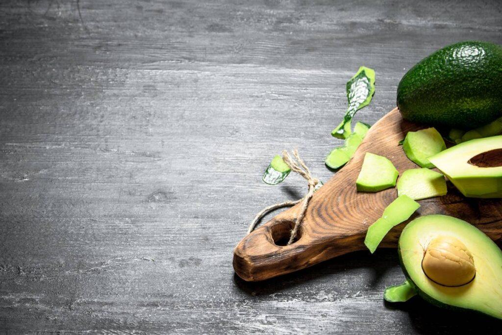 Avokado ve Sağlığa Faydaları