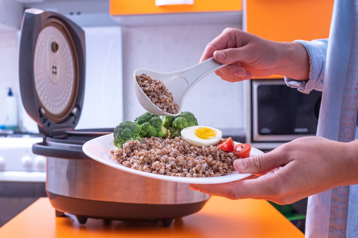 Düdüklü Tencerede Pişen Yemeklerin Süre Aralığı Ne Kadardır?