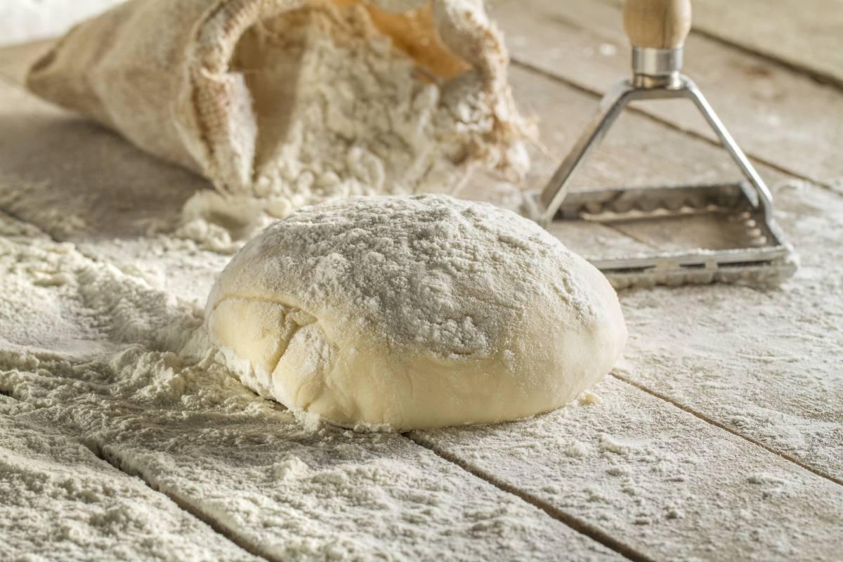 Makarna Hamuru Nasıl Hazırlanır? Evde Makarna Yapmak
