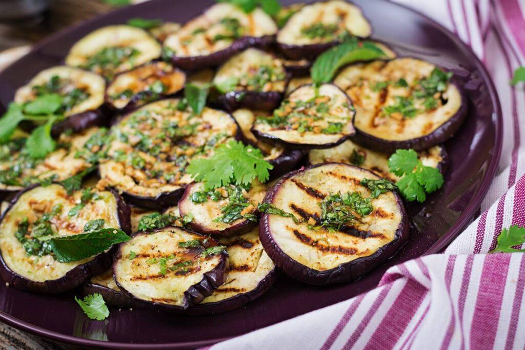 Patlıcan Nasıl Közlenir? Közlemenin Püf Noktası