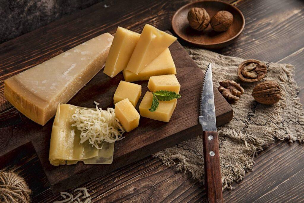 Peynir Nasıl Seçilmeli, İyisi Nasıl Belli Olur?