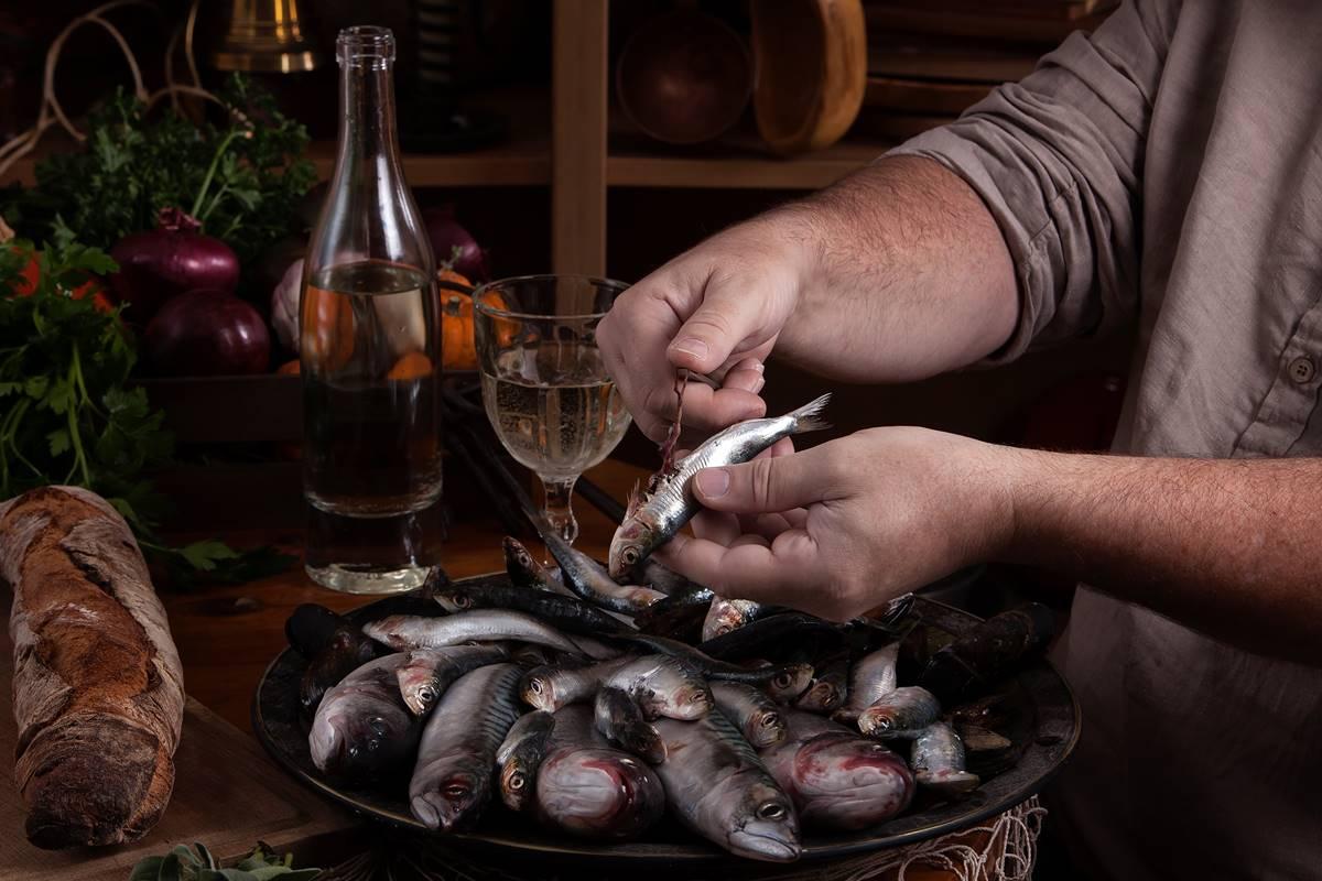 Sardalya Balığı En Kolay Şekilde Nasıl Temizlenir? Püf Noktaları
