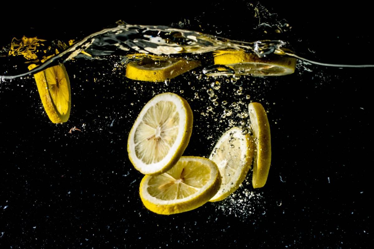 Limonlu Su Faydaları ile Birçok Rahatsızlığı Önlüyor
