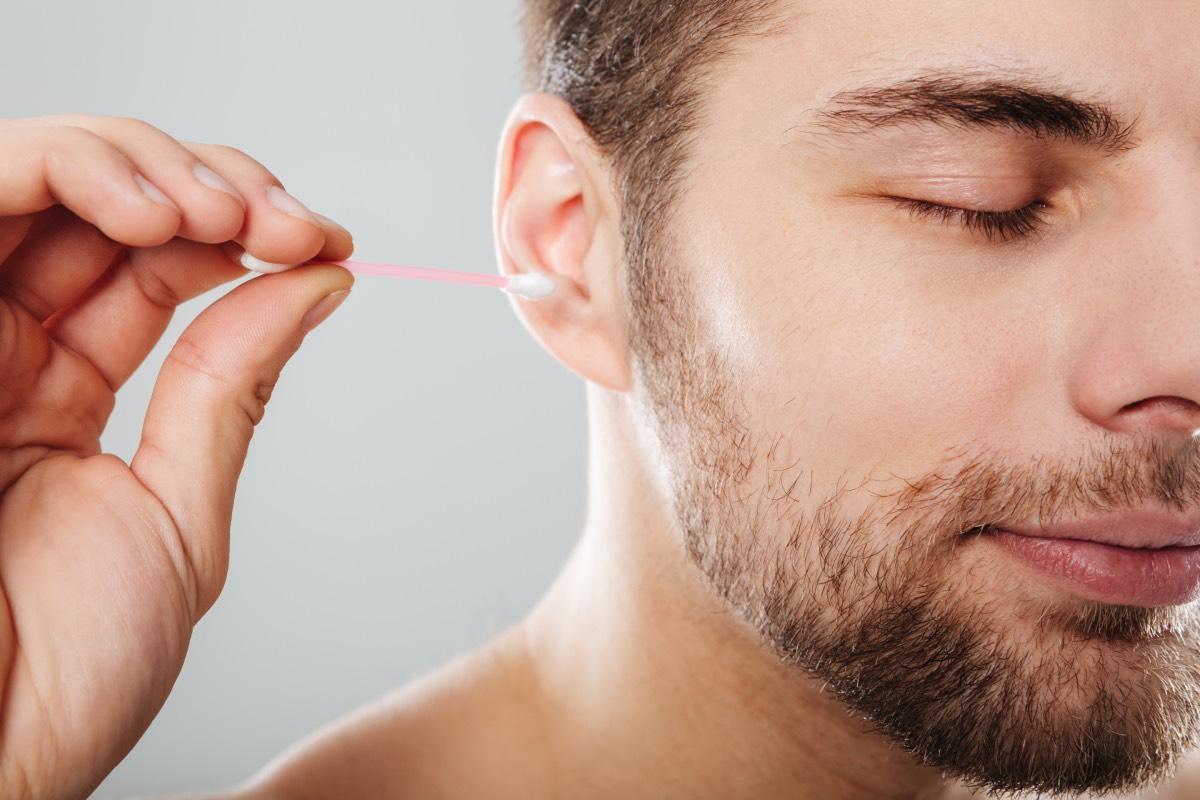 Tıkalı Kulak Nasıl Temizlenir?