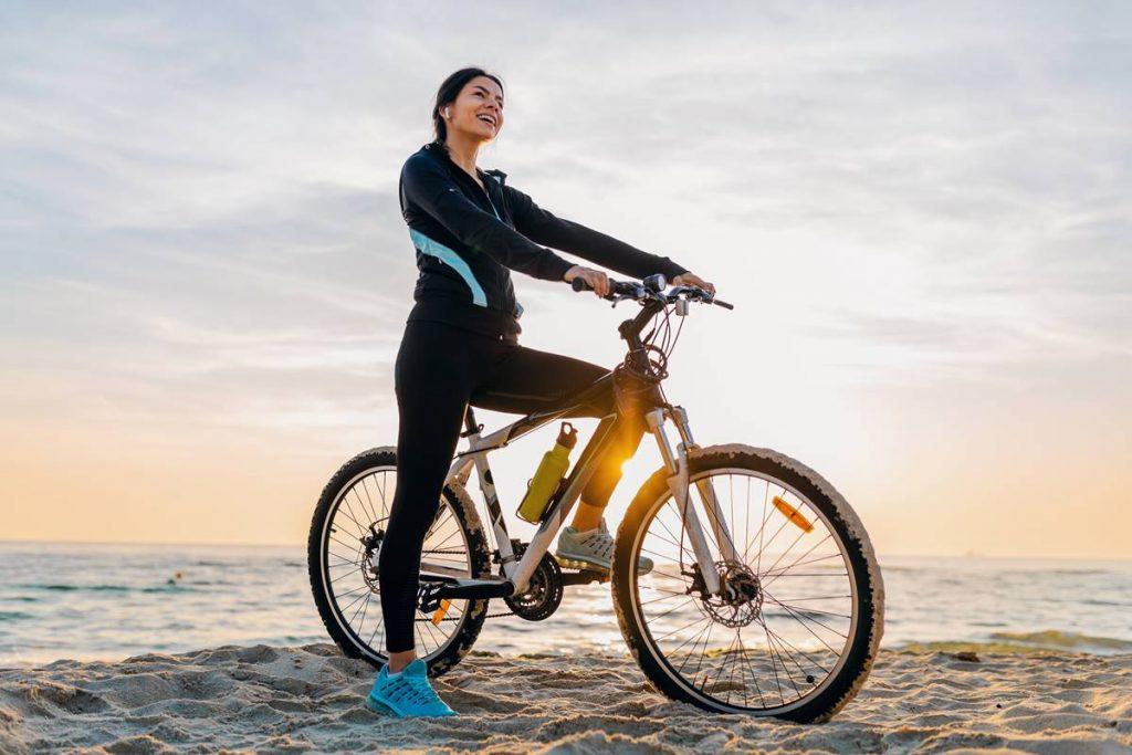 Gün Boyu Enerjik Olmak için Düzenli Bisiklete Binin