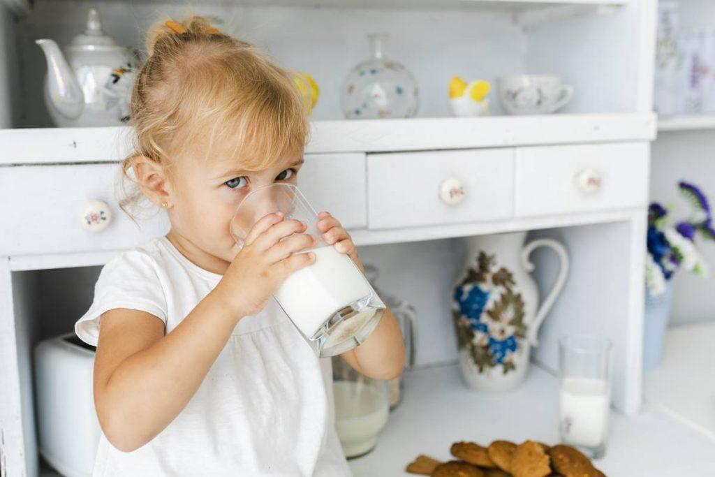 Süt Sıcak mı İçilir Soğuk mu?