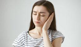 Kulak Ağrısına Ne İyi Gelir? Nedenleri ve Bitkisel Tedavi Yolları