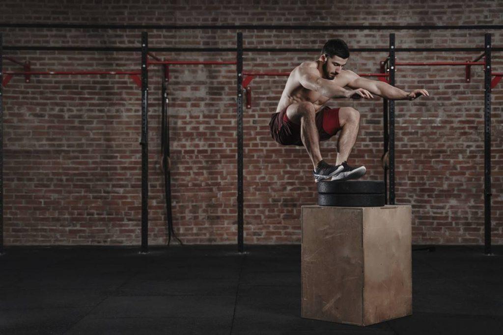 Yağ Azaltan Bench Jump Squats From Side