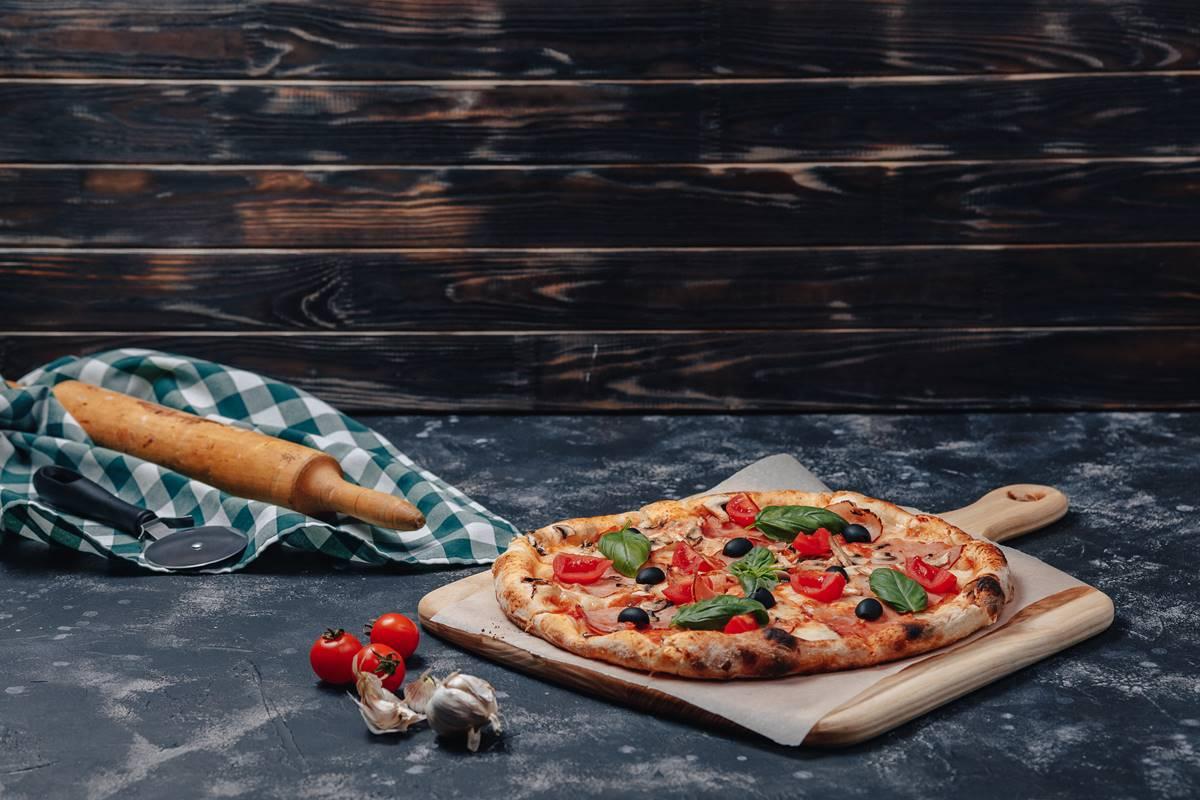 Pizza Hamuru Nasıl Hazırlanır? Kuru Maya ile Evde Yapılır mı?