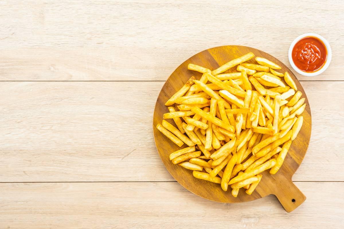 Patates Kızartması Püf Noktaları Nelerdir? Hangi Tava Kullanılmalı?
