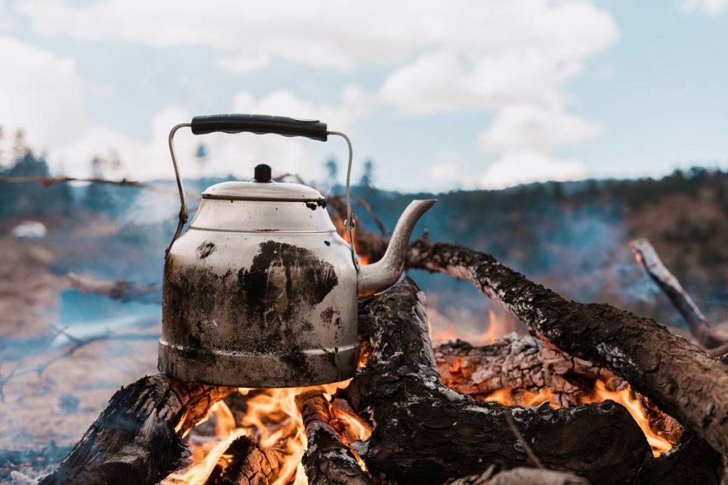 Çaydanlık Neden Kireçlenir?