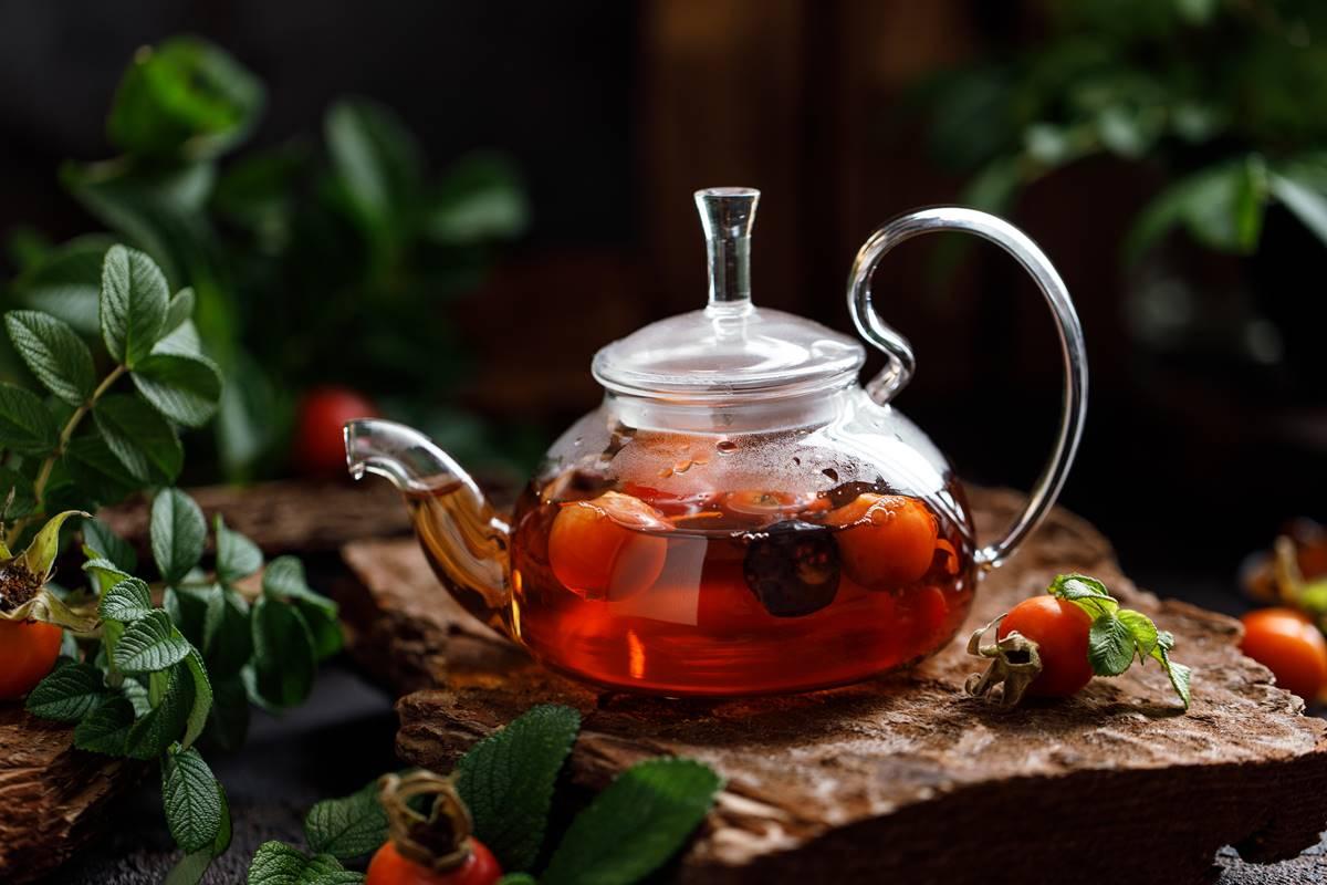 Kuşburnu Çayı Nasıl Hazırlanır? Faydaları ve Tüketim Miktarı
