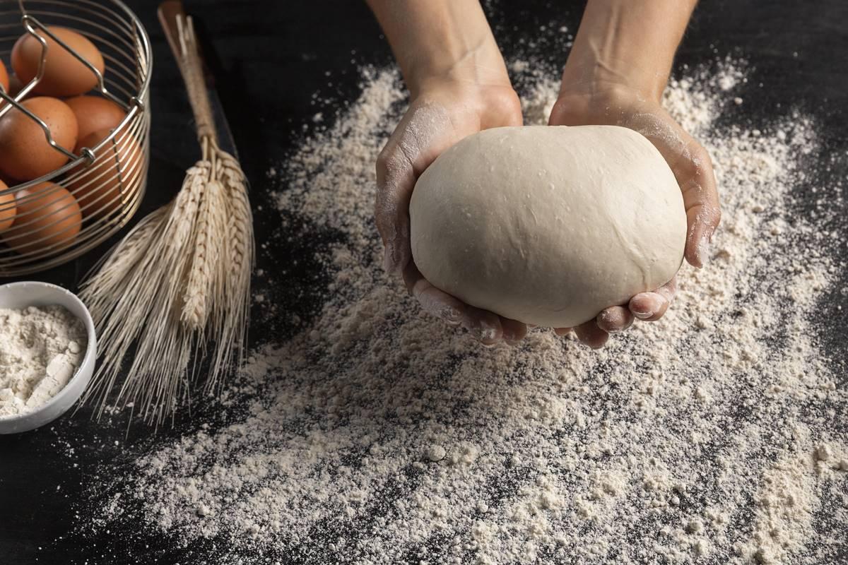 Börek Hamuru Nasıl Hazırlanır? Su Böreği ve Yumuşak Hamur Yapılışı