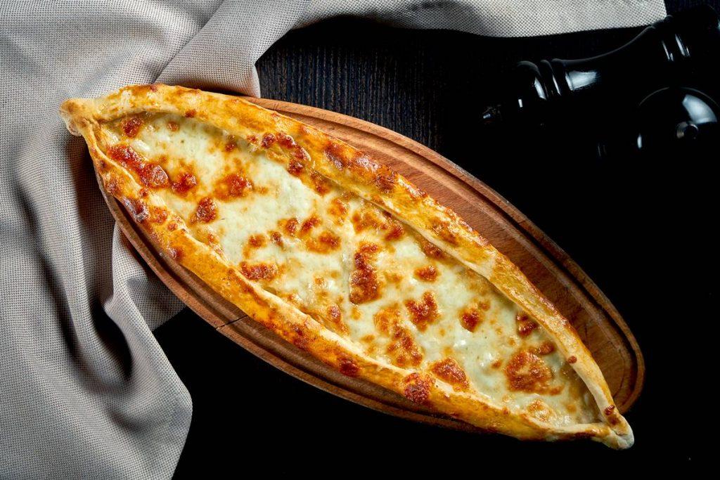 Peynirli Pide İçi Tarifi ve Malzemeleri