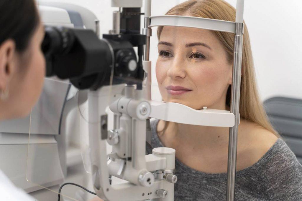 Göz Seğirmesi Nasıl Geçer?
