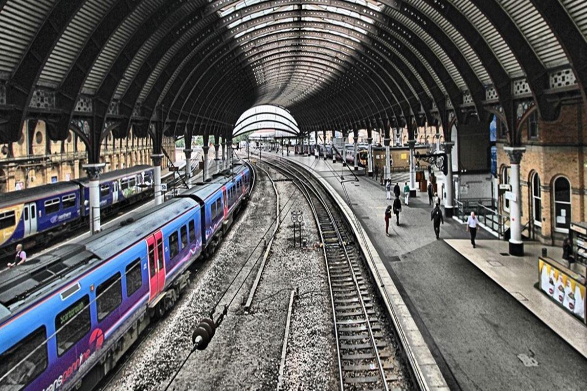 Hangi İstasyonda Tren Durmaz Bilmecesi